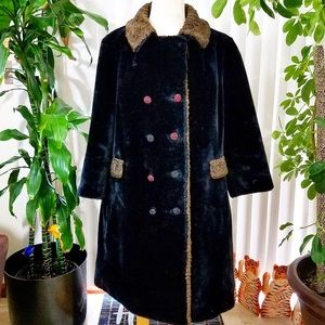 Jackets & Blazers - Vintage 60s faux fur black with brown lining coat